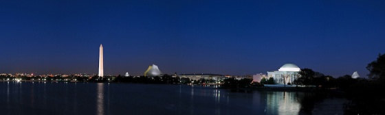 Wwashington-Monument-and-Jefferson-Memorial-Night-Panorama 3